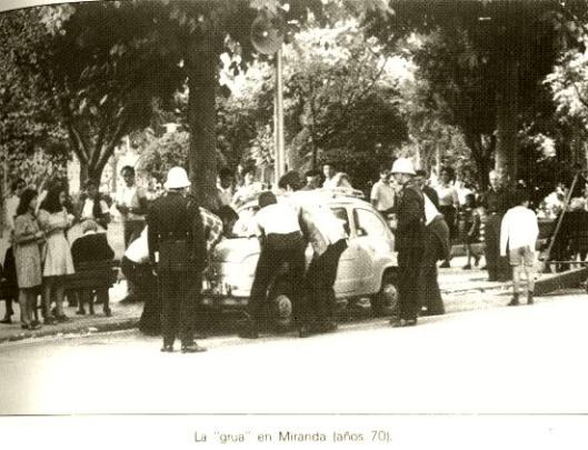 CALLE DE LA ESTACION(LA GRUA  AÑOS 70)